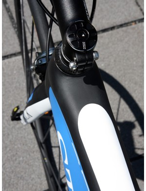The top tube and down tube are notably wide up front for what we expect to be outstanding front-end stiffness on the new Storck Absolutist