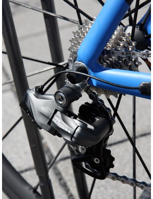 Storck had just built the first Scentron sample the day before we visited them at their headquarters in Idstein, Germany. Unfortunately, we weren't able to sample the new electronic Ultegra drivetrain, though, as Shimano had yet to provide functional parts - these are mock-ups