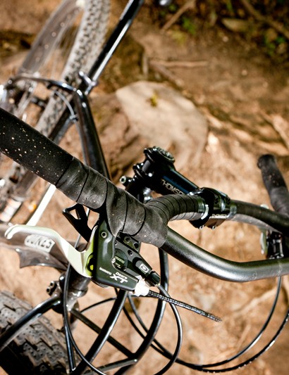 Jones's H-Bar may not be to every rider's tastes but it suits the ride feel of the Diamond Steel