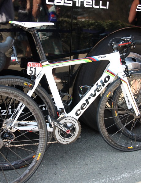 Thor Hushovd's (Garmin-Cervélo) was riding this rainbow-striped Cervélo S3 before donning the yellow jersey after stage 2 but now it's been relegated to spare duty. Rough life, eh?