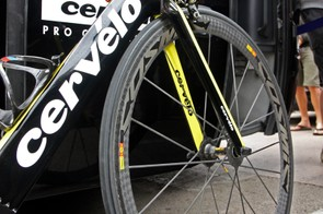 Thor Hushovd (Garmin-Cervélo) used a Mavic Cosmic Carbone Ultimate front wheel during Stage 5