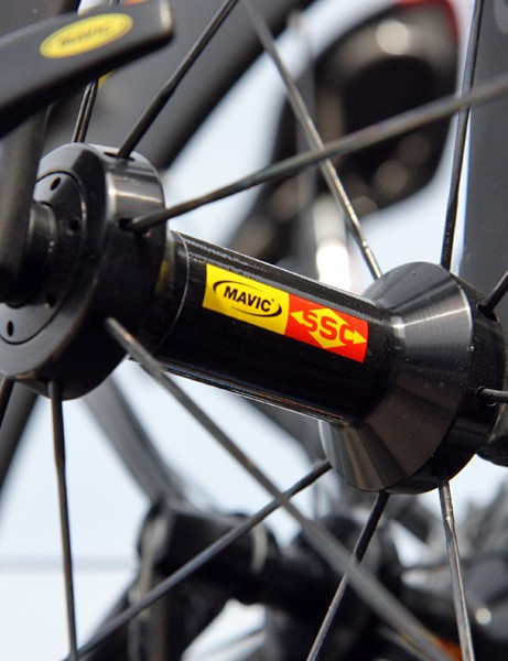 Garmin-Cervélo riders have been using a number of different Mavic wheels already in this year's Tour. This particular 80mm-deep carbon tubular rim rotates around a non-aero aluminum hub shell in contrast to the aero aluminum or carbon-and-aluminum ones used on other wheels