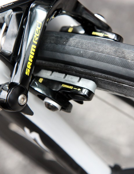 Alberto Contador (Saxo Bank-Sungard) is using a new grey-compound carbon-specific pad from SwissStop