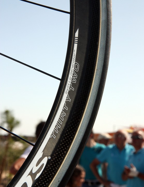 Reynolds equip even their shallow Thirty Two carbon rims with their Swirl Lip Generator feature on the nose