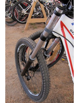 The RockShox Domain Dual Crown R fork has durable steel upper tubes