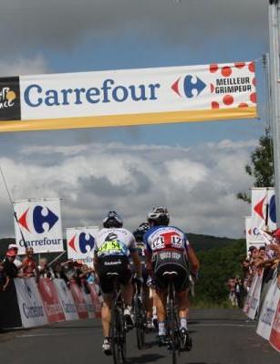 Farrar makes it over another climb