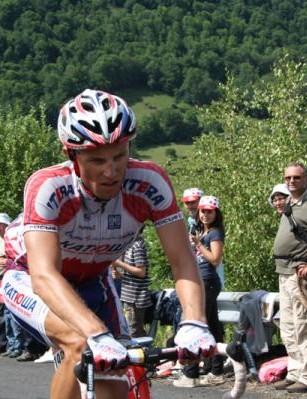 Alexandre Kolobnev battles over a climb