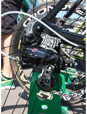 Thomas Voeckler's (Europcar) Colnago C59 Italia is equipped with a standard Campagnolo Super Record 11 group