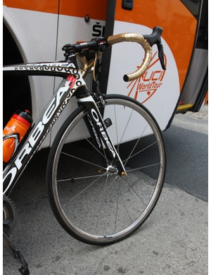 Samuel Sanchez (Euskaltel-Euskadi) used this long-retired Shimano Dura-Ace aluminum tubular wheel for a particularly windy day at the Tour de France