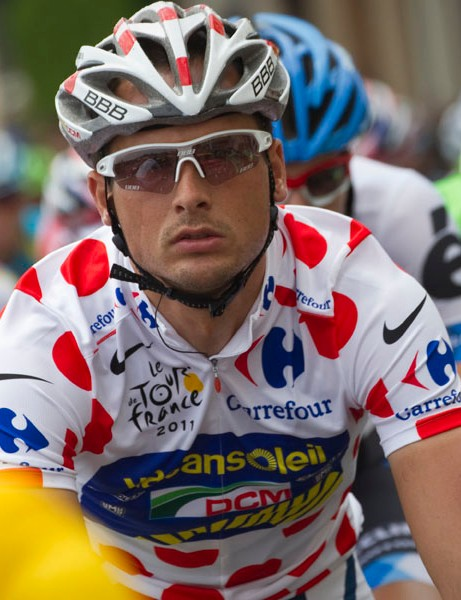 Vacansoleil's Jonny Hoogerland sits in the pack