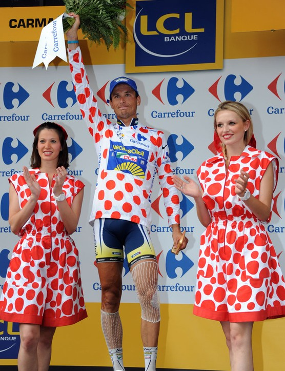 Hoogerland's reward: the polka dot mountains jersey