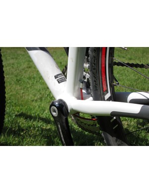 The shifters also use full-length cable housing; the Crux frames all feature Specialized's 30mm OSBB