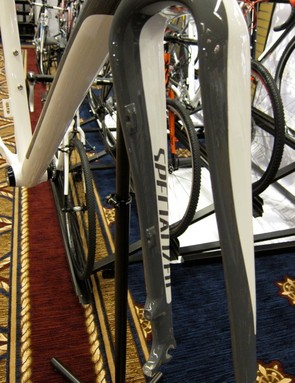 Housing bosses on the Crux carbon disc fork