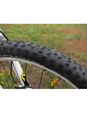 The Scott Spark's Schwalbe Rocket Ron tires are very fast rolling for a full-knob tire but sketchy on loose terrain