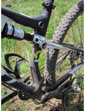 Kinked and asymmetrical seat tubes are a common feature on all of the new Sparks