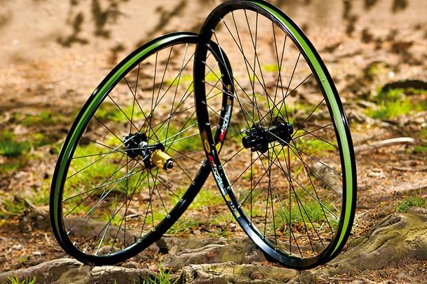 Hope Hoops Pro 2 Evo on Mavic EN521 wheelset