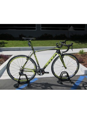 The F2X is Felt's top 'cross bike for 2012