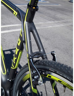 Felt borrows a number of construction techniques from its new F-series road bikes for the new FX carbon 'cross frames