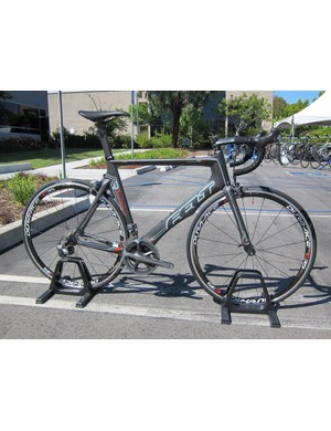 Felt's excellent AR range of aero road bikes is mostly unchanged for 2012 save for colors, graphics, and spec