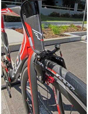Felt specs a scissor-type Tektro brake for the front of its DA3 time trial/triathlon bike