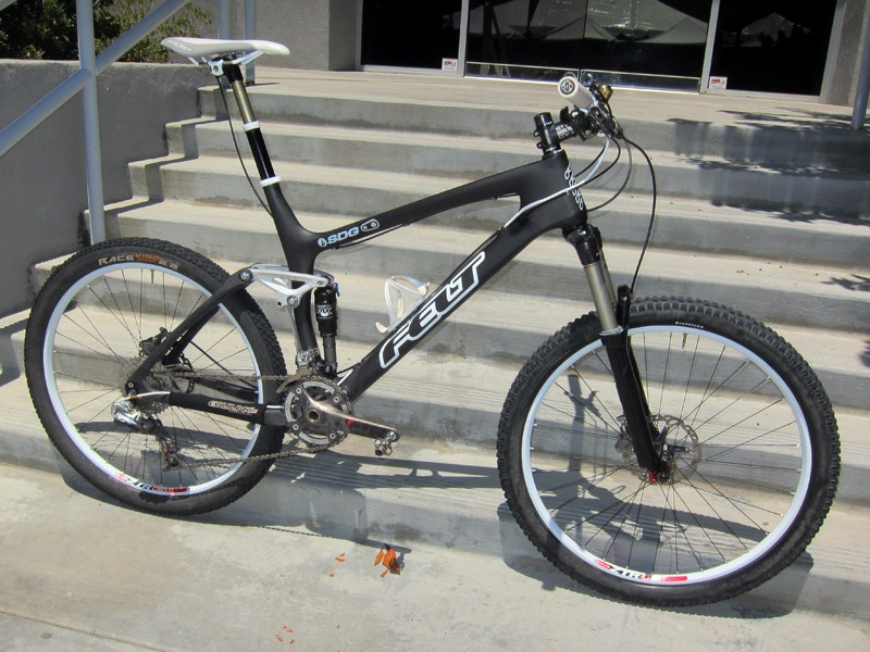 Felt says the carbon-framed Virtue will finally make production for 2012