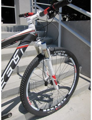 Felt sticks with 80mm of front wheel travel for its Nine carbon hardtails