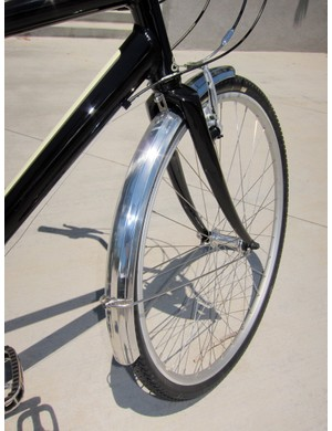 The Felt Café 24 Deluxe gets polished aluminum fenders with external struts for 2012