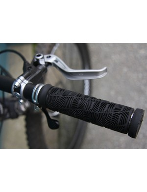 "ODI ""O"" Grips mated with Magura MT6 brakes"
