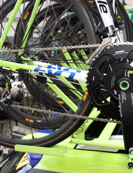 The flattened chain stays on the new Liquigas-Cannondale SuperSix Evo is designed to provide just a hint of traction and comfort benefit.