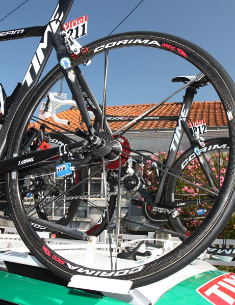 Saur-Sojasun uses Corima's shallow-depth carbon tubular wheels for climbing stages or windier days.