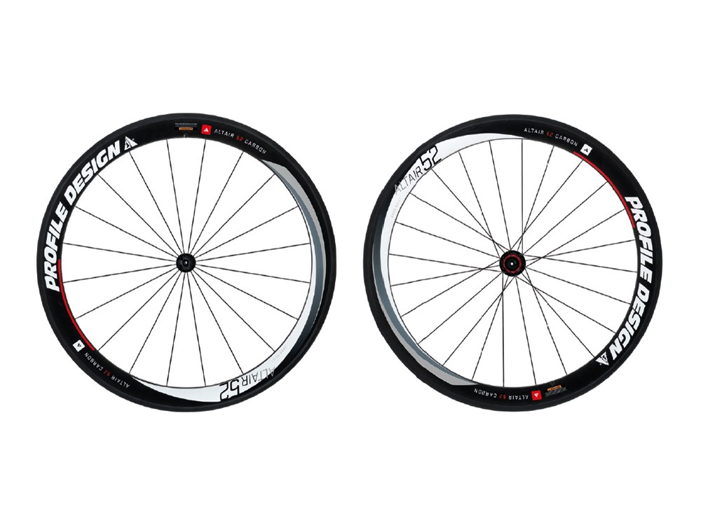 Profile Altair 52 full-carbon clincher wheelset