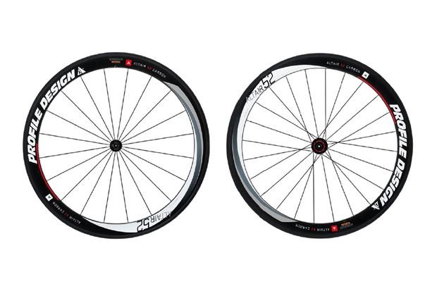 Profile Altair 52 full-carbon clincher wheelset
