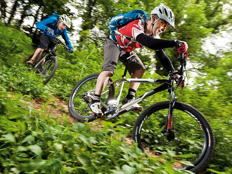 27 gears and RockShox fork is an above average start point for the Sport