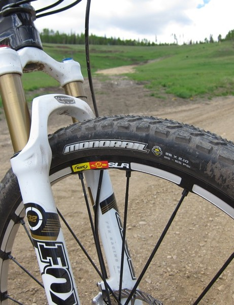 Gould spoke very highly of Maxxis' MonoRail 2.1in tire, she uses both the UST and non-UST versions tubeless depending on the race course