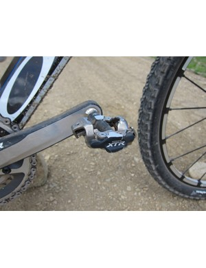 Shimano's XTR PD-M980 Race pedals offer a large pedaling platform for better power transfer