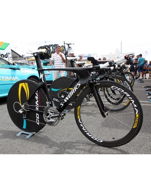 Astana are using these starkly finished Specialized S-Works Shivs in this year's Tour de France