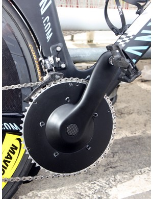 Philippe Gilbert's (Omega Pharma-Lotto) Canyon Speedmax is fitted with these unmarked cranks but hidden beneath the black paint is a set of Vision carbon fiber arms