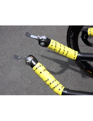 Philippe Gilbert's (Omega Pharma-Lotto) Campagnolo bar-con shifters are augmented with friction tape on both sides of the levers