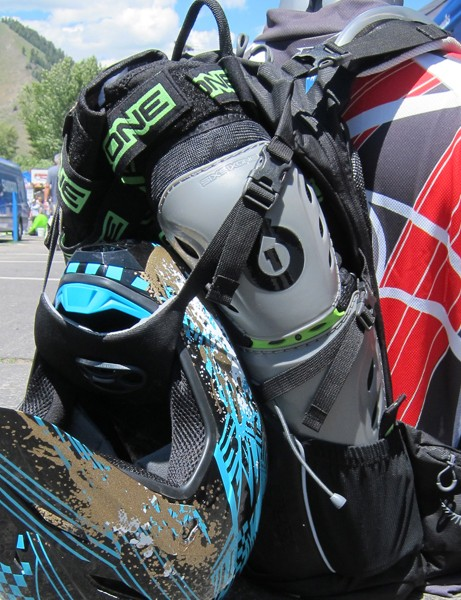 Osprey designed the new Zealot with freeriders in mind so the pack has dedicated storage points for full-face helmets and pads