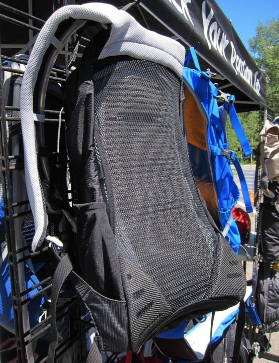 The new Syncro borrows its ventilated molded foam back panel design from Osprey's Manta range