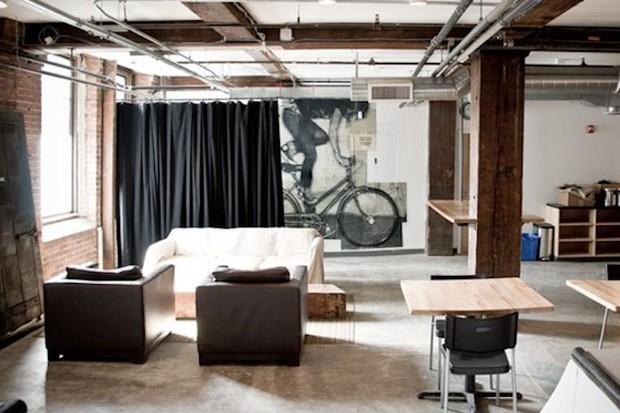 Maglianero's lounge area