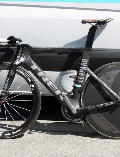 It's almost a shame that there's a drivetrain on the bike as it looks remarkably clean from this side