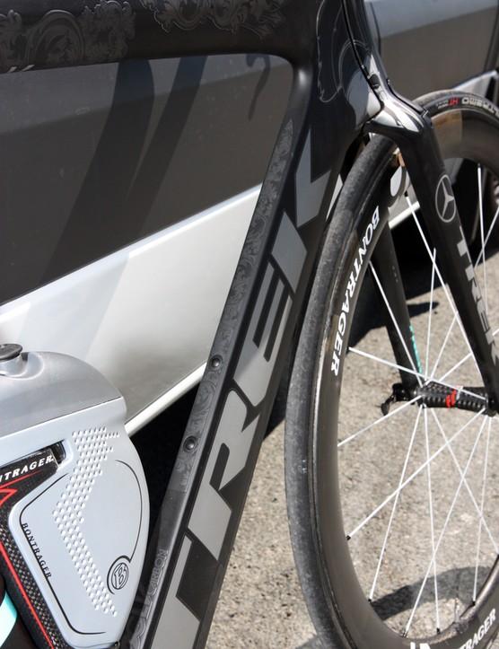 The stark grey-on-black paint scheme on Fabian Cancellara's (Leopard-Trek) Trek Speed Concept is rather serious looking