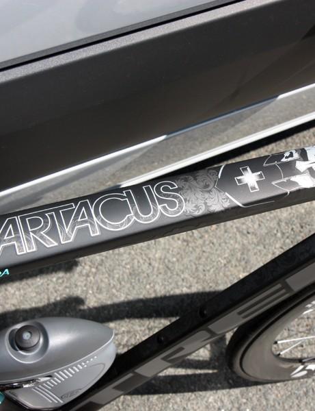 The broad and flat top tube leaves plenty of room for eye-catching graphics on Fabian Cancellara's (Leopard-Trek) custom Trek Speed Concept