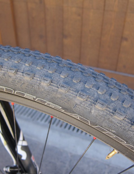 Todd Wells (Specialized) used the fast rolling S-Works Renegade 1.95in tires to win his US national cross-country title
