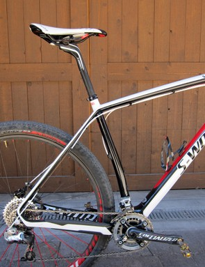 The kinked seat tube allows Specialized's frame designers to pull the rear wheel in a little tighter