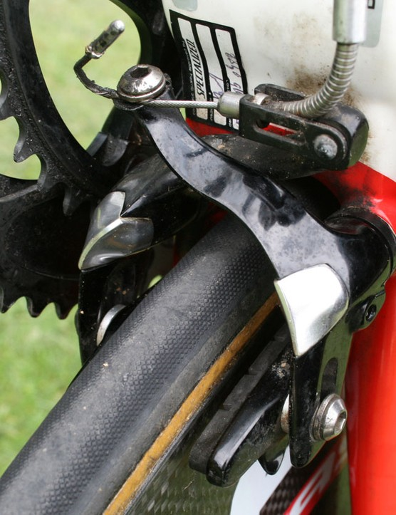 The rear brake sits underneath the bottom bracket but is relatively easy to adjust