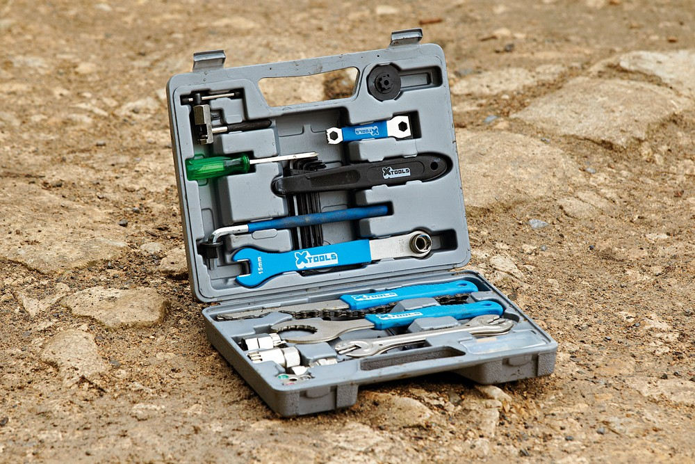 X-Tools 18-piece tool kit
