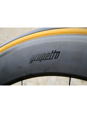 Reynolds Strike hoops are made somewhat more subtle with a de-badge