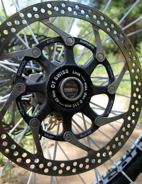 Our set came with a 15mm through axle front hub